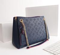 Wholesale crocodile designer bags resale online - 19FW Crocodiles Leather Women Tote V Letters Designers Handbags Luxury Quality Lady Shoulder Crossbody Bags Fringed Messenger Bag YECQ4