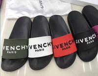 c1c75c485 NEWEST HOT Top Das Mulheres Dos Homens GVN Sandálias Dust Bag SENHORA  Sapatos de Design de cobra de Slides Verão Moda Ampla Sandálias Planas  chinelo