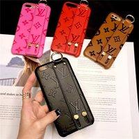 leder stoßfänger abdeckung großhandel-Geprägte xr Leder-Handytasche für Apple iPhone XS Max / XR 8/7/6 Plus mit Wristband Cover Bumper für Damen