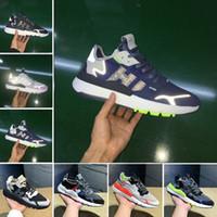 atletik ayakkabı tasarımcıları toptan satış-2019 Erkek Nite Jogging Yapan Gece Koşu Ayakkabıları Moda CG7088 3 M Patlamış Mısır Tasarımcı Ayakkabı Spor Rahat Yürüyüş Açık Havada Atletik Sneakers