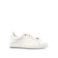 белые кожаные кнопки оптовых-Мужская дизайнерская обувь Женская низкая Верхняя зашнуровать с V металлическая кнопка белые кожаные кроссовки Повседневная обувь роскошные тренеры партия обувь для мужчин