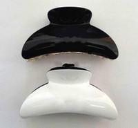 acryl klauen haarspangen großhandel-Neue Produkte Europa und Amerika Schwarz-Weiß-Materialien dreidimensionale Haare fangen CC Acryl große Größe Krallen Clip Haarschmuck Kopf