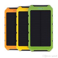 carregador solar portátil para carros venda por atacado-Dual usb 5000 mah banco de energia solar à prova d 'água carregador portátil ao ar livre de viagem powerbank bateria externa para iphone android phone car carregador