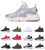 tasarlanmış erkek ayakkabıları toptan satış-Tasarımlar 2019 Hava Huarache 4 Run Erkekler Spor Ayakkabı Ucuz Chaussures Huarache Ultra Üçlü Kadın Siyah Beyaz Sneakers Ultra B ...