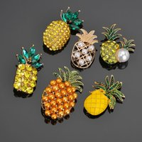 Wholesale pineapple brooches resale online - Korean Fashion Full Crystal Pineapple Brooches for Women Brooch Pin Clothing Accessories Accesorios Mujer