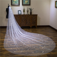 voiles de mariage en ivoire doux achat en gros de-4 mètres cathédrale voile pour robe de mariée mousseux Satrs robe de mariée blanc ivoire doux tulle blanc ivoire tulle une couche avec peigne