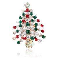 altın kristal yılbaşı ağacı toptan satış-2019 Tasarımcı Broş Renkli Rhinestone Noel Ağacı Broş Antik Altın Kaplama Alaşım Broş Pins Kadınlar Korsaj Moda Takı