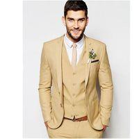 terno de homens de jaqueta bege venda por atacado-Moda Dois Botões Bege Noivo Smoking Notch Lapela Padrinhos Homens Blazers 3 peças Ternos (Jacket + Pants + colete + Gravata) NO: 266