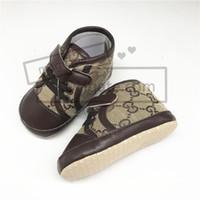ingrosso primi scarpe infantili-Designer Baby First Walker Sneakers bambino di alta qualità New Born Neonate Boys Soft Sole Shoes Toddler Kids Prewalker Infant Scarpe casual