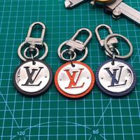metal anahtarlık tasarımları toptan satış-Moda Mektup Tasarım Metal Anahtarlıklar Unisex Fransa Marka Anahtarlıklar Charms Anahtar Kolye Lüks Erkekler Kadınlar Anahtarlık ile Lover Hediyeler Kutusu