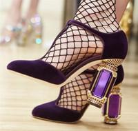 zapatos de boda verde rhinestones al por mayor-El verde esmeralda del diamante del talón zapatos de boda T-correa de la Ronda 10cm zapatos de tacón alto del Rhinestone de terciopelo de lujo mujer