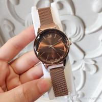 hebillas de cinturón vestidos al por mayor-Artículos de moda Marca de moda Vestido de mujer Relojes De Marca Mujer Marca cinturón de Milán Reloj de pulsera de señora de lujo clásico de cuarzo hebilla de imán