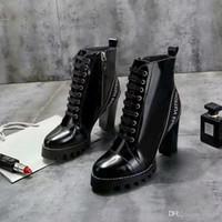 chaussures d'hiver à talons hauts achat en gros de-Chaussures femme iduzi en automne et en hiver Bottes en bottes élastiques Designers Bottes courtes chaussettes bottes Grandes chaussures à talons