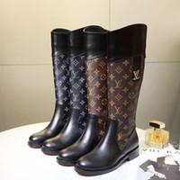 botas de rodilla para mujeres de talla grande al por mayor-Hasta la rodilla Botas de mujer Punta Redonda Calzado de cuero Tacones de cuña Botas de mujer Zapatos con cremallera Mujer Tallas grandes Botas de mujer de lujo