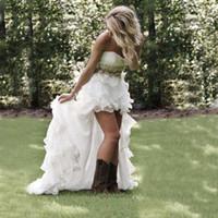 vestidos de noiva organza de estilo vintage venda por atacado-Modest Alta Baixa País Estilo Vestidos de Casamento Branco 2019 Querida Ruffles Organza Equipado Noiva Vestidos de Noiva