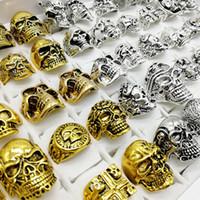 18k altın kafatası halkaları toptan satış-Moda Punk Stil 30 adet / grup Kafatası Yüzük Mix Gümüş Altın İskelet Büyük Boyutları erkek Kadın Metal Takı parti Hediye