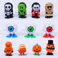 juguetes de vampiros al por mayor-Juguete de cuerda de Halloween Zombie Vampire Ghost Pumpkin Head Doll Jumping Toys Jumping Fiesta de Halloween Decoración Regalos 18 Estilo HHA738