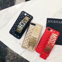 iphone case perçinler toptan satış-Moda Lüks Bilek kayışı Telefon Kılıfı için iphone X XS MAX XR 7 8 Artı İngilizce mektup perçin cep telefonu kılıfı iphoneX 6 s 6 artı 7 7 artı