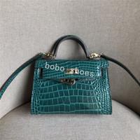 bej torba poşetleri toptan satış-Moda Tasarımcısı kadın çanta çanta Bej timsah Patent deri dana derisi deri omuz çantası kılıf altın Donanım