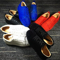 Wholesale plastic crystal shoe resale online - NEW Designer Sneakers Red Bottom shoe Low Cut Suede spike Luxury Shoes For Men and Women Shoes Party Wedding crystal Leather Sneakers