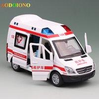 ingrosso luce ambulanza-Educativo Tirare indietro Toy Car 1:36 Pressofuso in lega Emergency Ambulance Rescue Car Model Light Sounds Bambini Bambini Regali di Natale