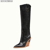 ingrosso stivali microfiber per le donne-Marca microfibra donne di cuoio stivali alti al ginocchio punta aguzza sexy occidentali stivali da cowboy donne grosso cuneo di grandi dimensioni 34-46