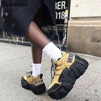 zapatos de suela de goma gruesa para mujer. al por mayor-Khaki Nubuck Platform Sneakers Lace Up Super Thick Platform Sneakers de mujer Chunky Rubber Sole Women Travel Shoes Unisex