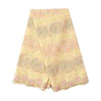 patio de encaje amarillo al por mayor-La última tela suiza de encaje de gasa de Nigeria amarillo hombres tela africana de encaje 5 yardas tela de encaje de algodón seco indio púrpura para la boda