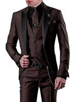 groomsmen colete jaqueta marrom escuro venda por atacado-Brand New Noivo Smoking Marrom Escuro Groomsmen Pico Lapela Preta Melhor Homem Terno De Casamento / Homens Ternos Noivo Blazer (Jacket + Pants + Tie + Vest) A20