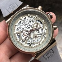 мужская мода оптовых-Роскошные часы мужчины Марка кварцевые дизайнер тег часы мода спорт секундная стрелка автоматическая группа материал кожа шесть игл