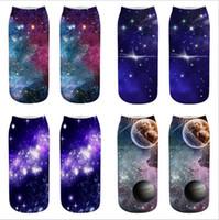 harajuku yüksek çoraplar toptan satış-3d Baskılı Harajuku Komik Çorap Kadın Erkek Rahat Pamuk Sıcak Ayak Bileği Çorap Yüksek Kalite yıldız gökyüzü evren karikatür tasarım ekip Çorap
