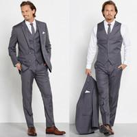 grooms gri smokin toptan satış-Erkek Gri Klasik 3 Parça Resmi Iş Takım Elbise 2 Düğme Ofis Smokin Ince Düğün Smokin (ceket + vest_pants) Damat Giymek