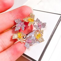 Wholesale leaf brooch pins gold for sale - Group buy Beautiful Flower Bouquet Brooch Pin Gold Austrian Crystal Leaves Wreath Brooches For Women Party Jewelry Christmas Gift