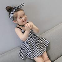 kafa bandı prenses korece toptan satış-Perakende Yay Ile Bebek Kız Ekose askı Elbise Bantlar Yaz Çocuklar Kore Sevimli Kolsuz Backless Yüksek Bel Prenses Elbiseler Giyim