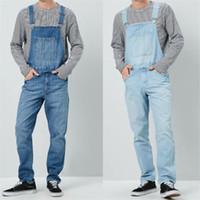 mono de mezclilla suelto al por mayor-Denim Designer Mens Overol Cintura alta Azul Cargo Pantalones para hombre Moda suelta Pantalones largos para hombre con bolsillos