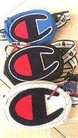 uma sacola de compras venda por atacado-Bordado Campeões One-Ombro Saco Unisex Fanny Packs Cinto Cintura Sacos de Moda Das Mulheres Dos Homens de Viagem Loja Hip Hop Saco Peito Corpo Cruz C3157