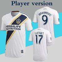 uniformes de football gratuits achat en gros de-Version du joueur LA Galaxy Jersey 2019 MLS Maillot de foot Accueil Blanc Uniforme de football Zlatan Ibrahimovic Plus 10pcs Livraison DHL gratuite