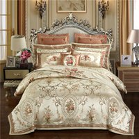 Wholesale royal beds online - Gold color Europe Luxury Royal Bedding sets Queen King size Satin Jacquard Duvet cover Bed cover sheets set pillowcase