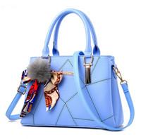 sacos de céu azul moda venda por atacado-Moda Feminina Doce Malha Treliça Azul Bolsas Moda Cross Body Lady Ombro saco Bolsas Bolsas vêm Com Fita Hairball
