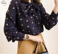 ingrosso camicia collare polka dot-Camicia a maniche lunghe di modo delle donne camicette in chiffon camicetta Bow V collare Pois camicetta donne più la camicia 1206 40