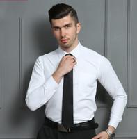 trajes de 38 l al por mayor-Nuevo diseñador de moda para hombre de alta calidad clásico color sólido Slim Fit camisa de vestir romántica boda novio traje camisa para con hombres botón Plus