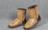 bota de navidad de calidad al por mayor-Navidad de alta calidad de Australia nieve de las mujeres botas de agua Australia Estilo Hombre del invierno al aire libre botas cortas Marca WGG Unisex Tamaño US3-14