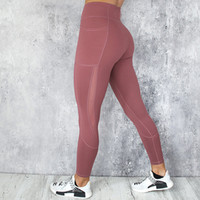 vêtements de fitness designer achat en gros de-Sexy Mesh Gym Vêtements Taille Haute Sport Leggings Push up Designer Pantalon Fitness Collants De Course À Séchage Rapide Femmes Yoga Pantalon avec Poche WY034