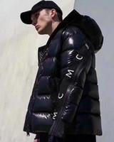homens parkas ganso venda por atacado-Jacket Mens Inverno Monclers alta qualidade Goose Down Brasão Outdoor Tendência Motorcycle Homens Mulheres Parka Inverno Canadá marca de moda jaquetas