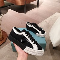 Wholesale canvas women skate shoes for sale - Group buy 2020 Newest Brand designer Canvas skateboard Shoes Womens High Top Classic Skate Casual Running Sneakers Luxury Woman s Low sneakers