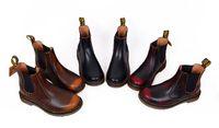 erkekler için ingiliz ayakkabıları toptan satış-2018 İngiltere Stil Dr 100% Deri Yüksek Yardım Martin Çizmeler Erkekler Ve Kadınlar Ayakkabı Tasarımcısı Motosiklet Çizmeler Rahat Ayakkabılar boyutu 35-45