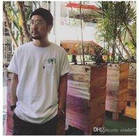bolso da camisa amarela venda por atacado-Venda quente senhor nermal cat no bolso homens de manga curta tee nova moda homem t-shirt branco rosa amarelo