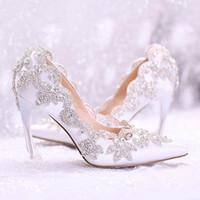 hochzeit schuhe fersen 9cm großhandel-Designer-Schuhe 2019 Stilvolle Perlen Flache Hochzeitsschuhe für die Braut Prom 9cm High Heels Plus Size Spitzschuh Spitze Brautschuhe