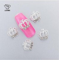 grandes coronas de strass al por mayor-10 Unids 3D Nail Art Decoraciones de Metal gran corona Glitter Rhinestones Uñas encantos de diamantes para la decoración de manicura