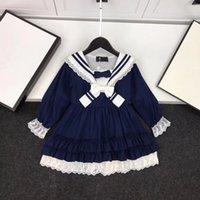 junge modell mädchen kleider großhandel-Neue Modelle für Herbst / Winter 2019 für Jungen und Mädchen in Europa und Amerika Navy Spitzenschleife mit langen Ärmeln Eltern-Kind-Outfit Kleid